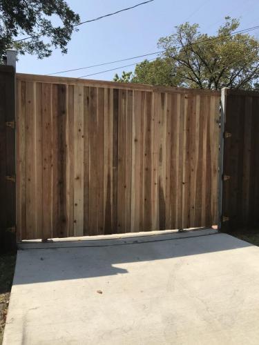 Fencing Services in Dallas