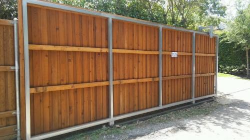 Fencing Services in Dallas