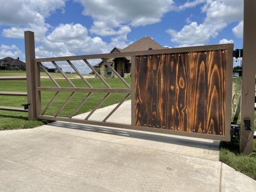 city-fence-gates-custom-modern-metal-gate-dallas-img1