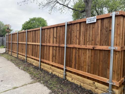 city-fence-gates-wooden-fencing-services-dallas-img2